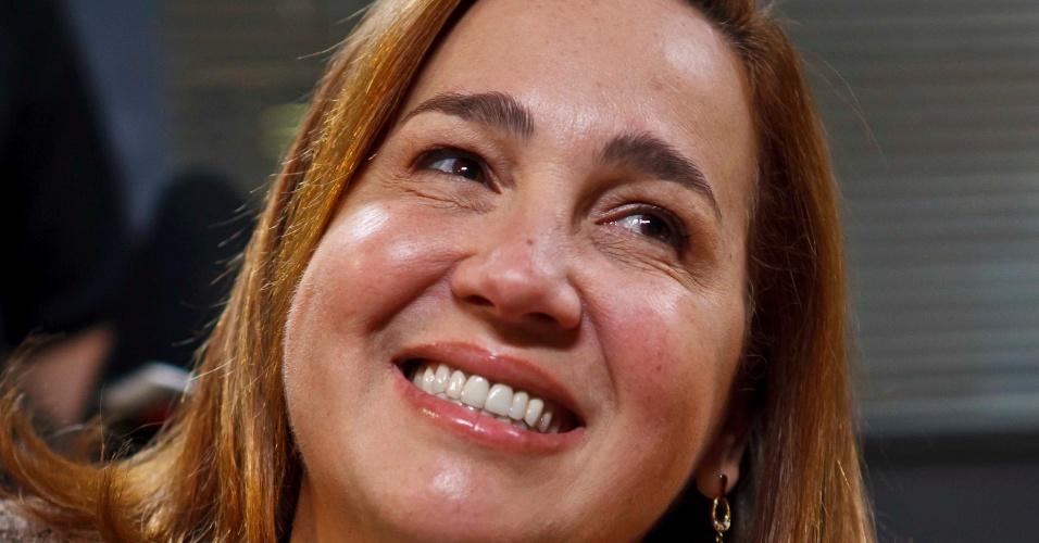 """Claudia Jimenez é """"A Inocente de Brasília"""" na série """"As Brasileiras"""""""
