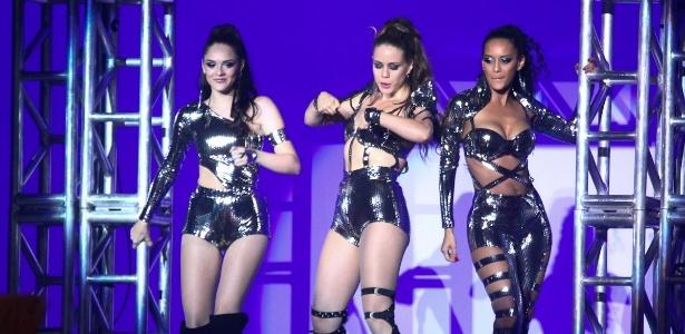 """As protagonistas de """"Cheias de Charme"""" Isabelle Drummond, Leandra Leal e Taís Araújo também se apresentaram com Cláudia Abreu e Gaby Amarantos"""