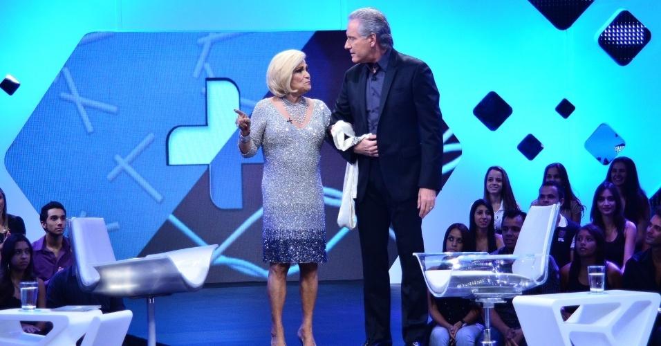 Hebe Camargo participa da primeira edição do talk show ?Roberto Justus +?, que discute a temática