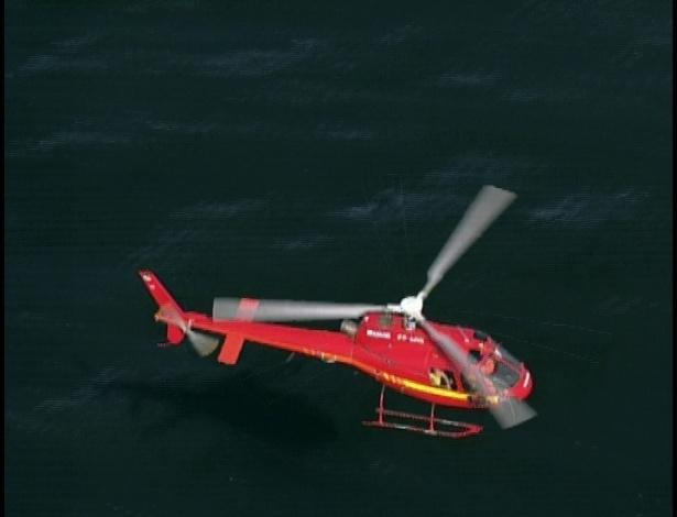 Helicópteros fazem busca, mas não encontram o barco com Tereza Cristina e Pereirinha.
