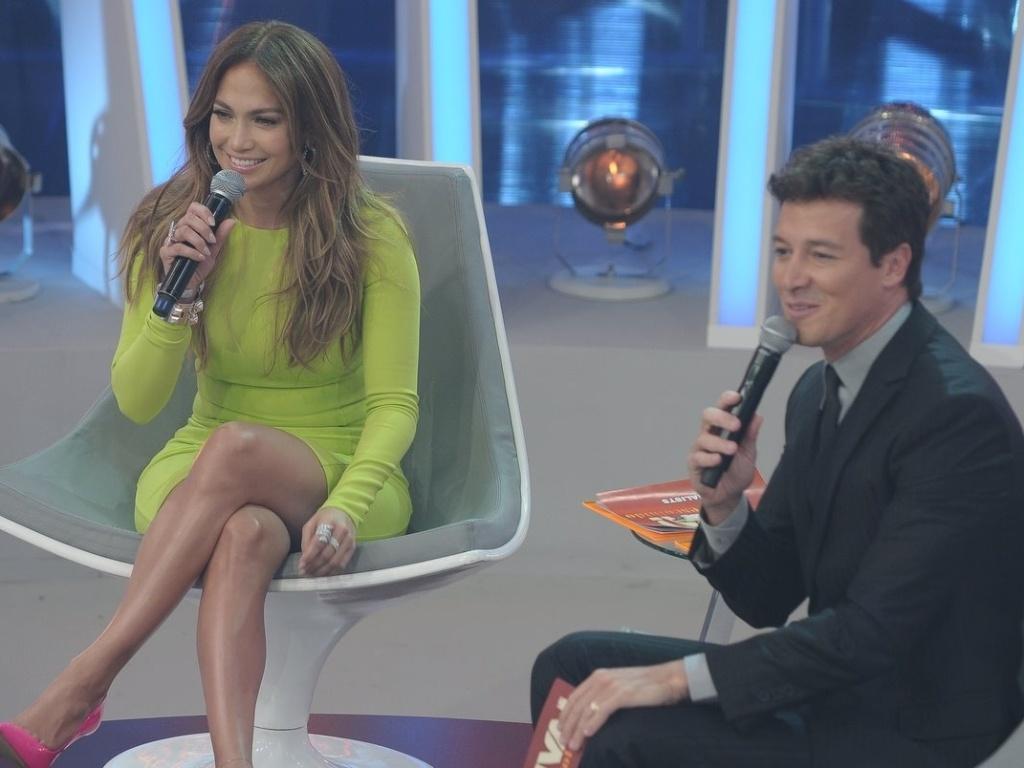 Jennifer Lopez e Rodrigo Faro se divertem durante a gravação de
