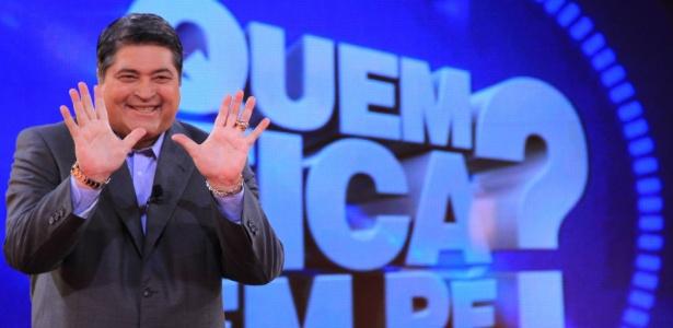http://tv.i.uol.com.br/album/2012/04/04/datena-no-comando-do-programa-quem-fica-de-pe-na-band-1333534701507_615x300.jpg