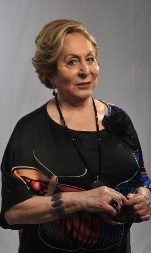 Aracy Balabanian é Máslova Tilman