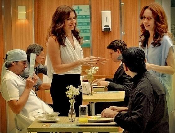 """Alexandre Borges, Débora Bloch e Camila Morgado em cena de """"Avenida Brasil"""" (23/4/2012)"""