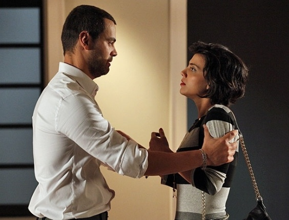 """Em """"Amor Eterno Amor"""", Fernando termina o noivado com Miriam (2/5/12)"""