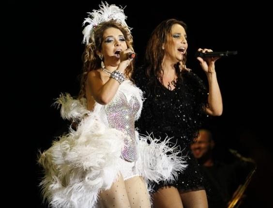 """Em """"Cheias de Charme"""", Chayene engole as desavenças e sobre ao palco com Ivete Sangalo"""