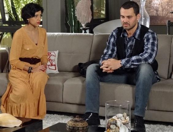 """Letícia Persiles e Carmo Dalla Vecchia em cena de """"Amor Eterno Amor"""" (11/5/2012)"""