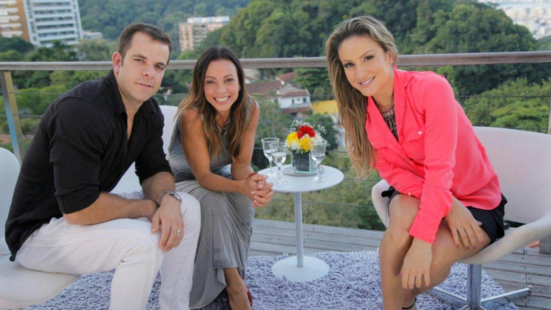 Carla Marins e Hugo Baltazar são entrevistados por Claudia Leitte no