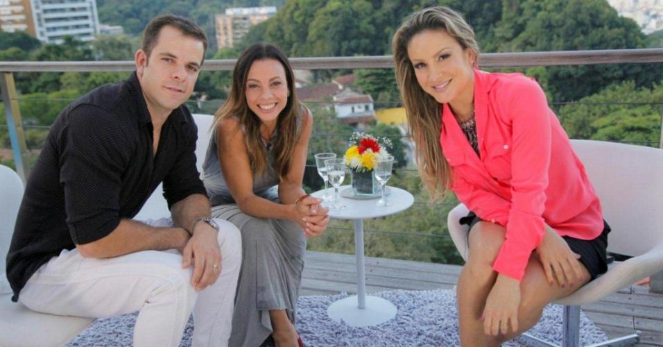 """Carla Marins e Hugo Baltazar são entrevistados por Claudia Leitte no """"Superbonita"""" (11/6/2012)"""
