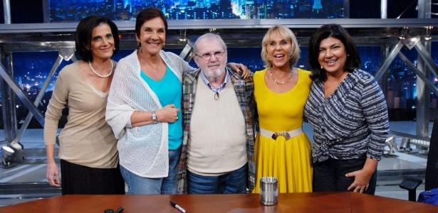 Lilian Wite Fibe, Lúcia Hippólito, Jô Soares, Ana Maria Tahan e Cristiana Lobo na bancada do talk show