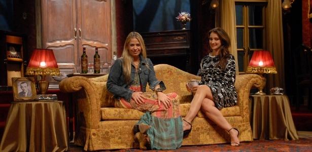 Adriane Galisteu dá entrevista para Sabrina Parlatore no canal Glitz (25/06/2012)