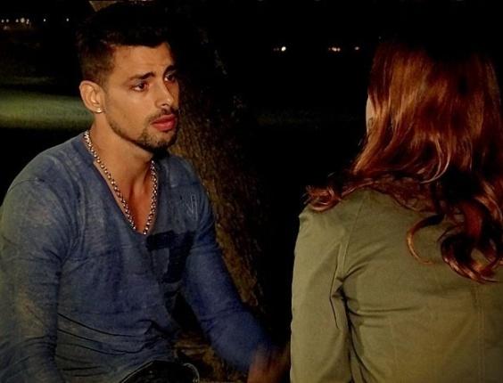 """Em """"Avenida Brasil"""", Jorginho termina com Débora novamente e ela pede para ele sumir de sua vida (25/6/12)"""