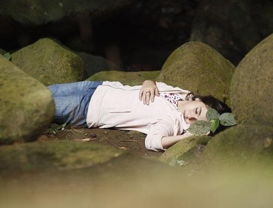 """Klara Castanho em cena de """"Amor Eterno Amor"""" (5/7/2012)"""