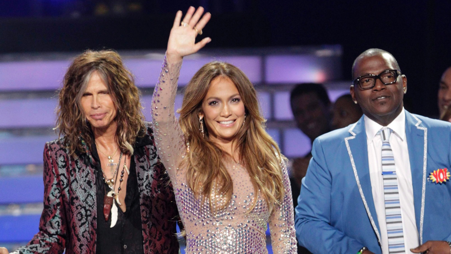 Steven Tyler, Jennifer Lopez e Randy Jackson so fotografados na final da 11 temporada de 