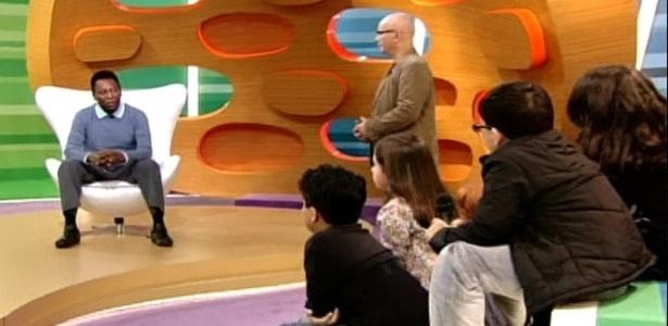 Crianças entrevistam o ex-jogador Pelé no novo programa de Marcelo Tas,