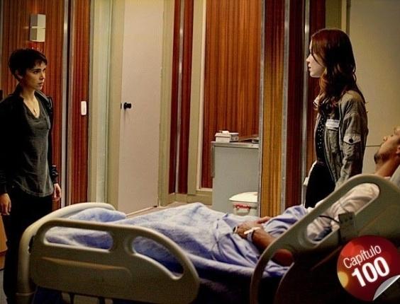 Débora e Nina discutem no hospital (18/7/12)