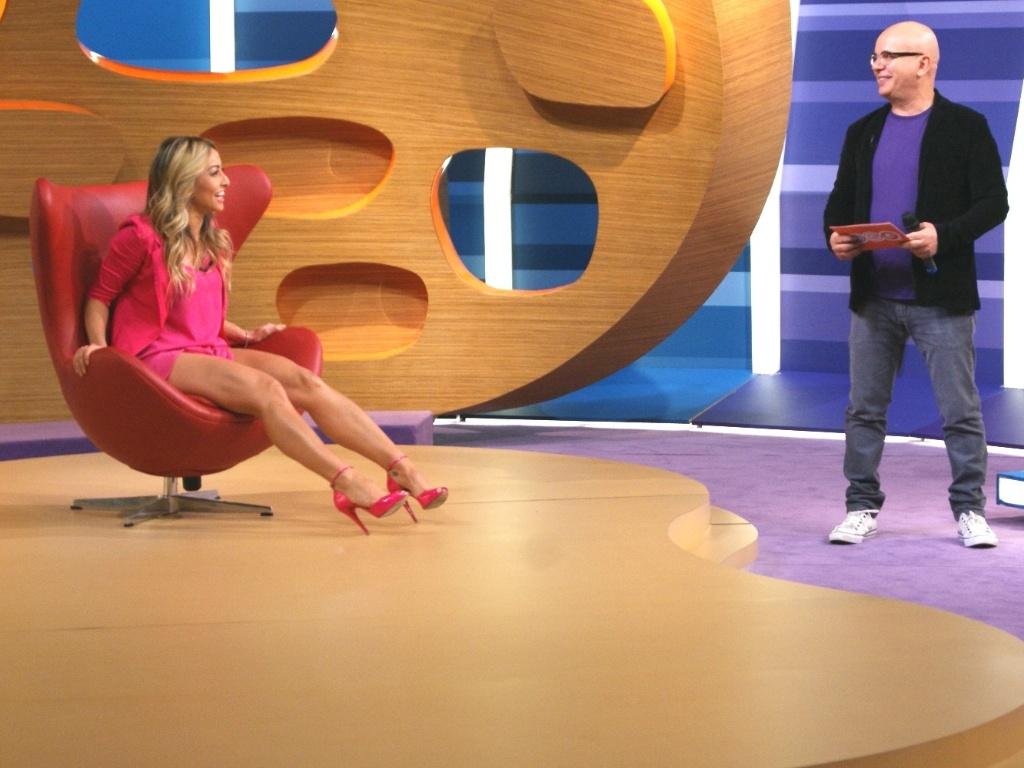 Sabrina Sato é a convidada do Marcelo Tas no programa