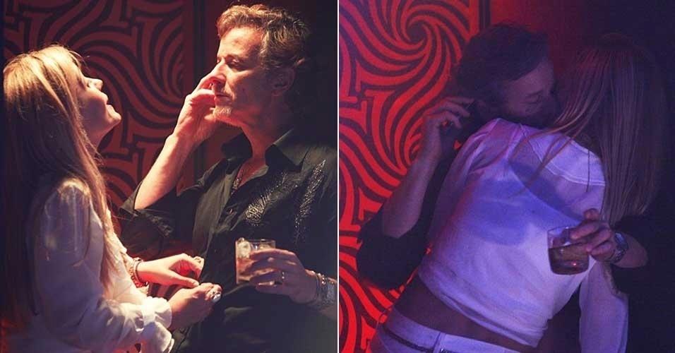 """Em """"Avenida Brasil"""", na casa de swing, Carminha manda Max ligar para Ivana (23/7/12)"""