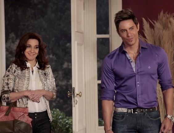 """Em """"Cheias de Charme"""", Fabian vai morar com Chayene, mas leva Simone junto (25/7/12)"""