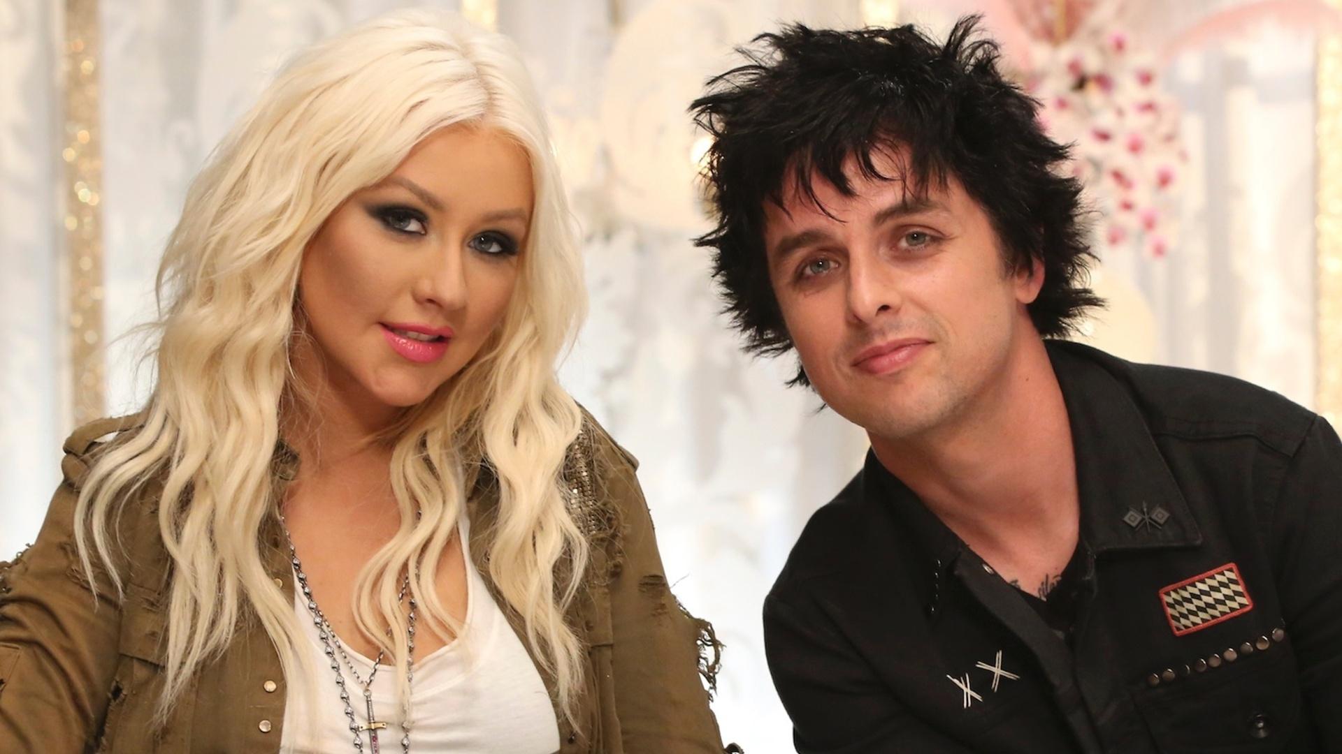 Christina Aguilera e Billie Joe Armstrong em foto de divulgação do reality