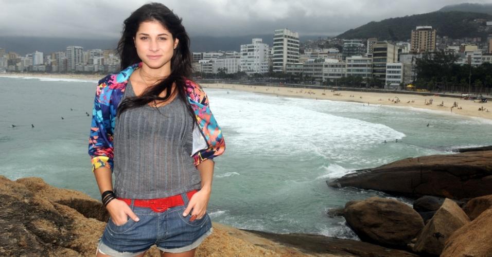"""Chandelly Braz é a Brunessa de """"Cheias de Charme"""" (1/8/2012)"""