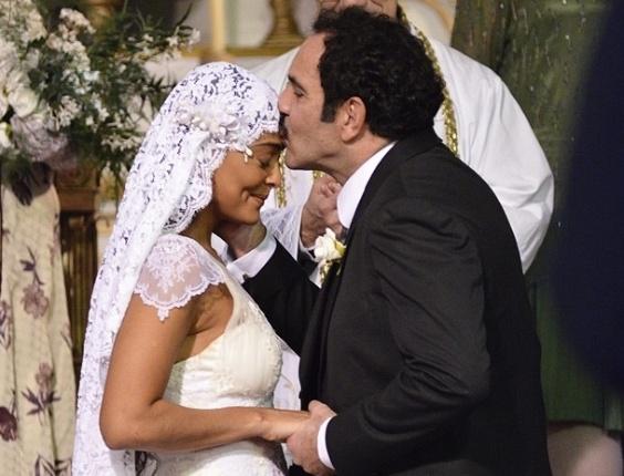 Gabriela e Nacib se casam, e Zarolha fica arrasada (14/8/12)