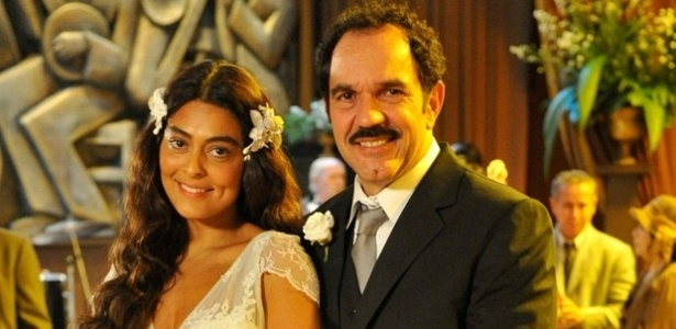 Na segunda verso, Gabriela (Juliana Paes) se casa com Nacib (Humberto Martins) de branco (2012)