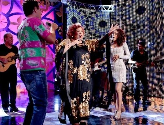 """Em """"Cheias de Charme"""", Penha canta com Alcione em show no Borralho (16/8/12)"""
