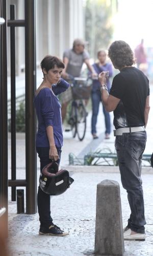"""Débora Falabella e Marcello Novaes gravaram cenas de """"Avenida Brasil"""" em Ipanema, zona sul do Rio (20/8/12)"""