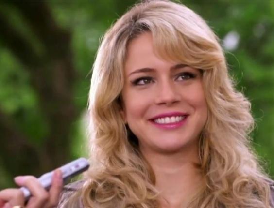 O cabelo de Rosário, personagem de Leandra Leal é o segundo mais pedido da Globo. A atriz tingiu seus cabelos em tons loiros e deixou os fios na altura dos ombros.  Para compor a nova fase da personagem, ela colocou megahair e os pintou