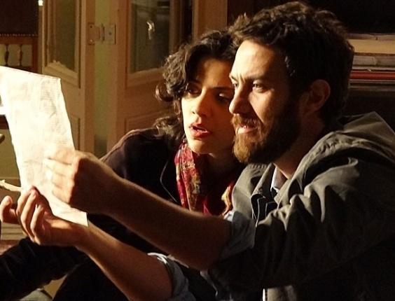 """Em """"Amor Eterno Amor"""", Rodrigo descobre que Elisa morreu e que está sendo enganado por Amparo (24/8/12)"""
