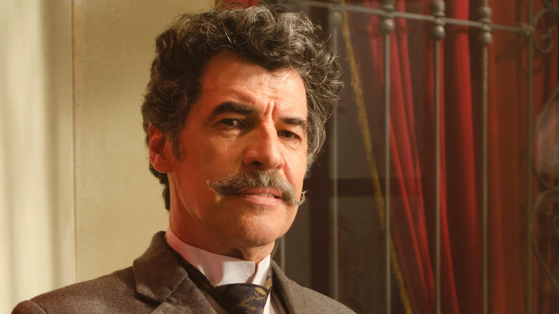 Paulo Betti é Mario Cavalcanti em