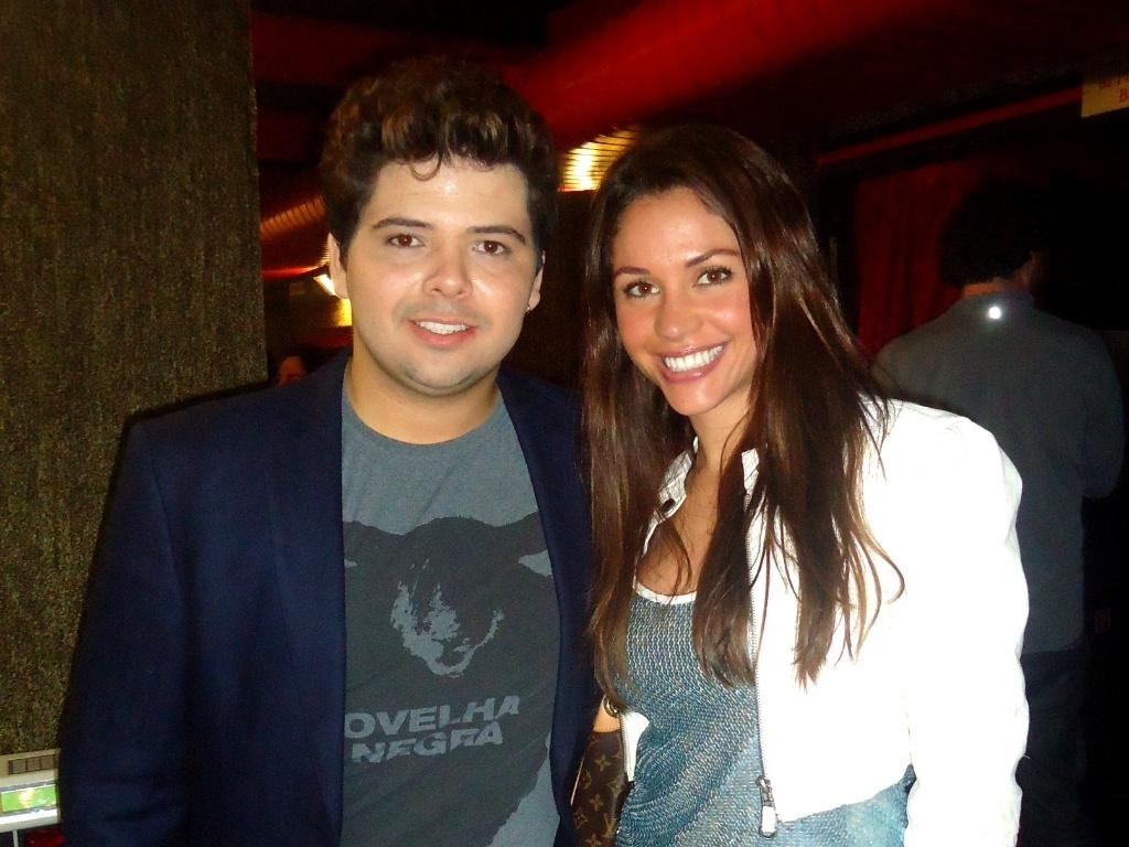 Maria Melilo foi prestigiar Gustavo Mendes, sábado passado, em seu show