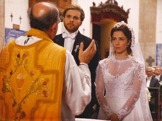 """Em """"Lado a Lado"""", obrigados, Edgar e Laura se casam (13/9/12)"""
