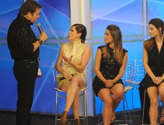 """Faustão conversa com Bárbara Paz e Monique Alfradique na final da """"Dança dos Famosos"""" (16/9/12)"""