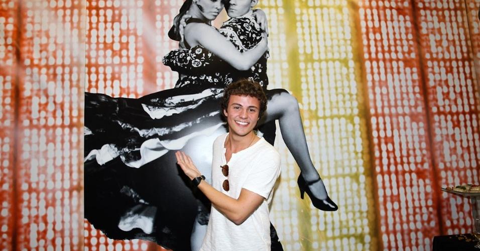 """Miguel Roncato chega para final da """"Dança dos Famosos"""". O ator será um dos jurados, que vai escolher o campeão da edição de 2012 (16/9/12)"""