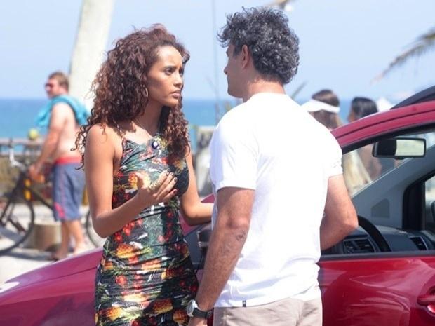 """Em """"Cheias de Charme"""", Penha resolve terminar o namoro com Gilson (18/9/12)"""