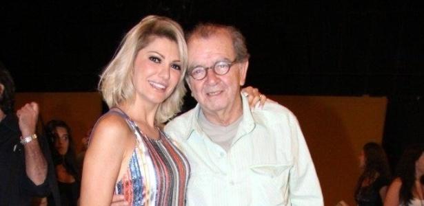 A atriz Antonia Fontenelle posa ao lado de Umberto Magnani no evento de lançamento da novela