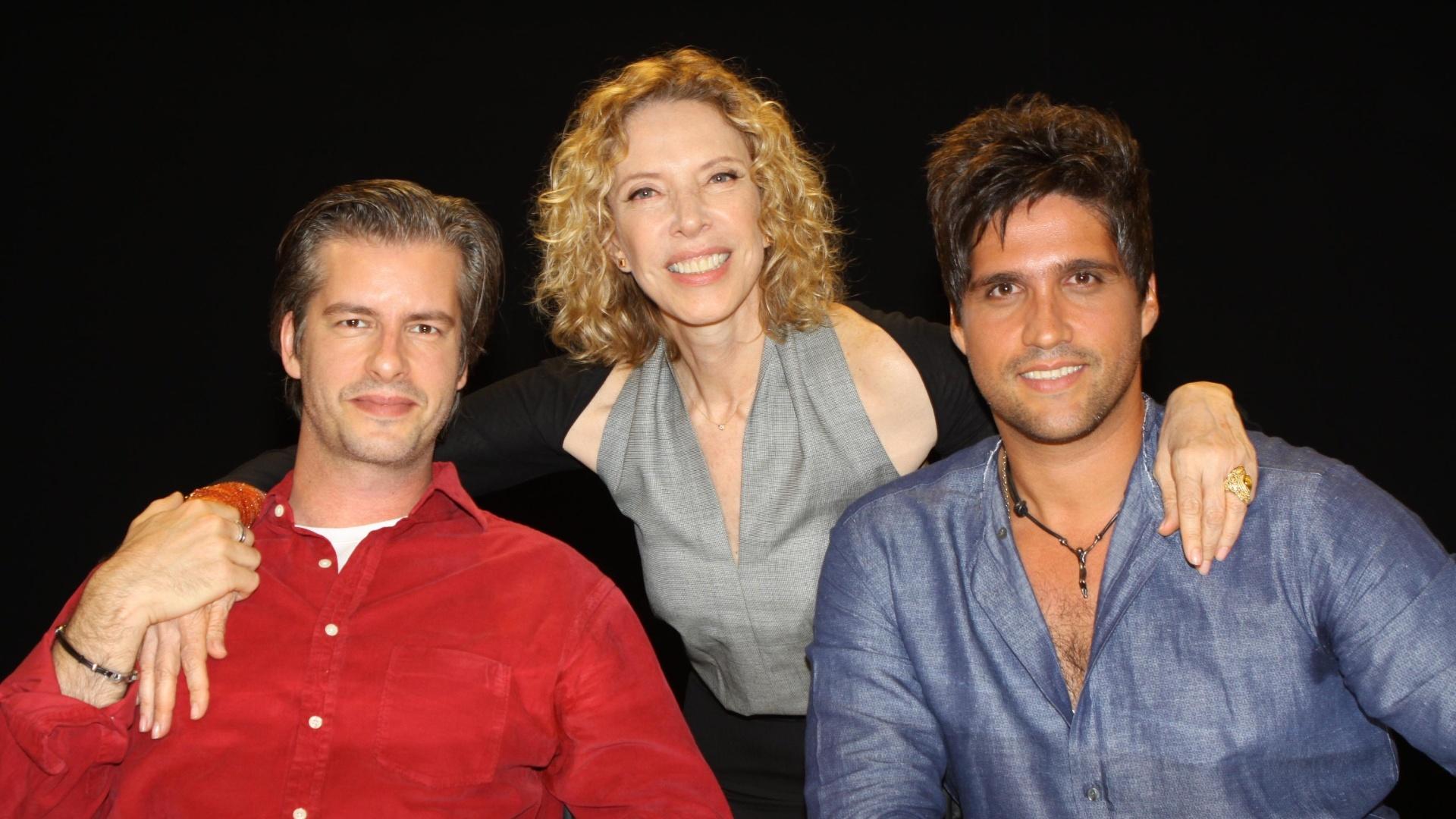 A dupla Victor e Leo é entrevistada por Marília Gabriela no