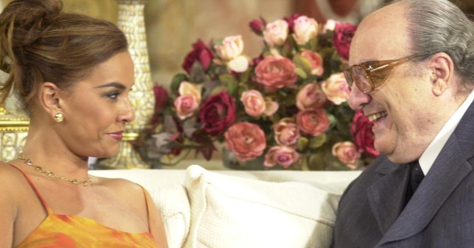 """Em """"Começar de Novo"""", escrita por Antônio Calmon, Solange Couto foi  Joana. A novela foi ao ar entre 2004 e 2005. Na foto, ela está ao lado de Dimitri (Antônio Abujamra)"""