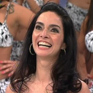 """Claudia Ohana participa do quadro """"Arquivo Confidencial"""" no programa """"Domingão do Faustão"""" (23/9/12)"""