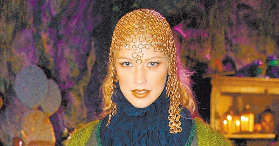 Luana Piovani como Morgana em episódio do