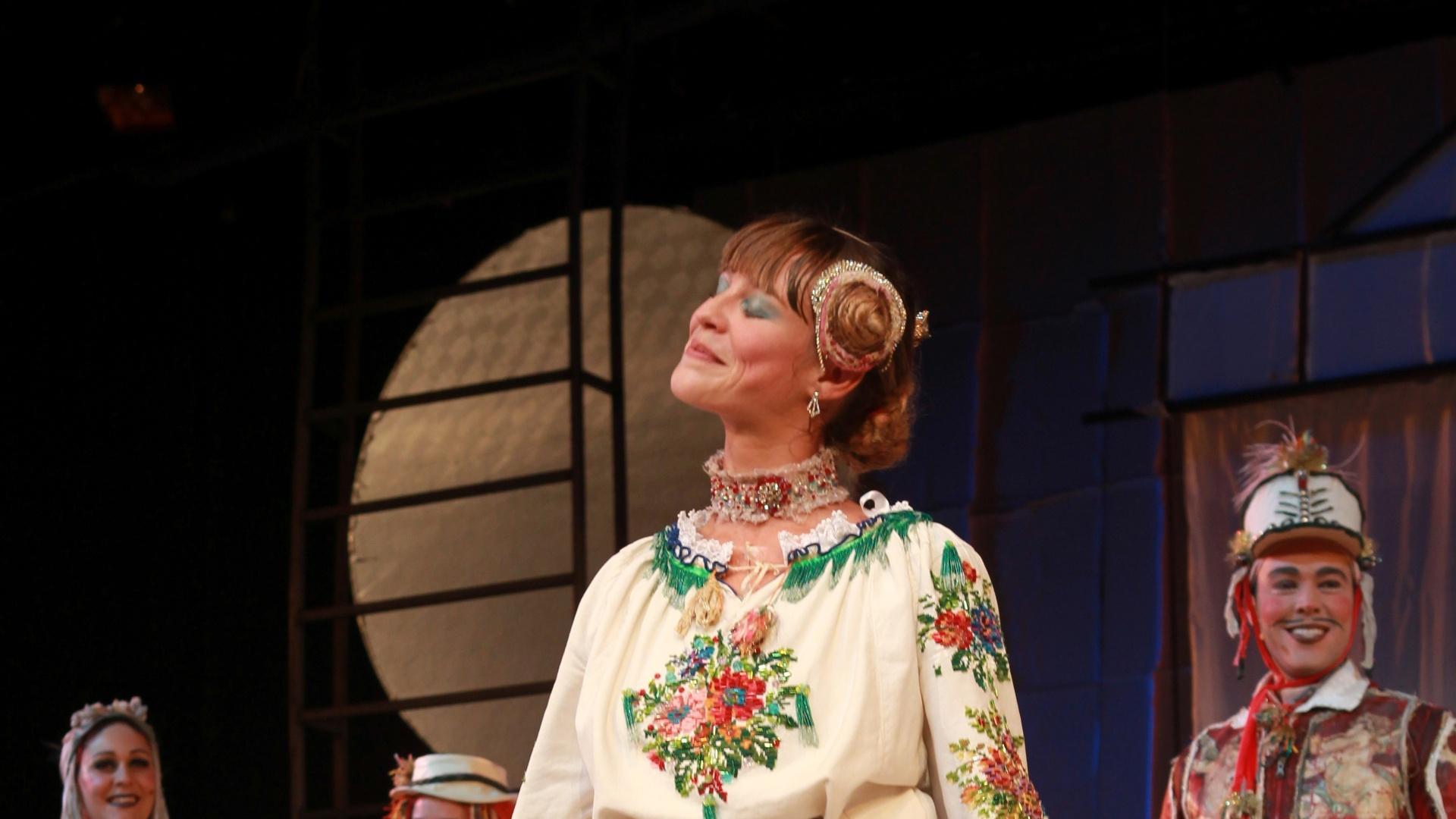 Luana Piovani na peça infantil