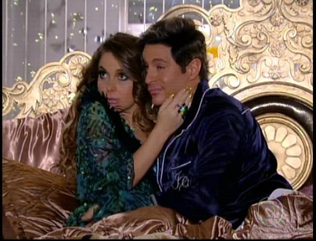 Chayene e Fabian dormem juntos e resolvem investir no casamento midiático (28/912)