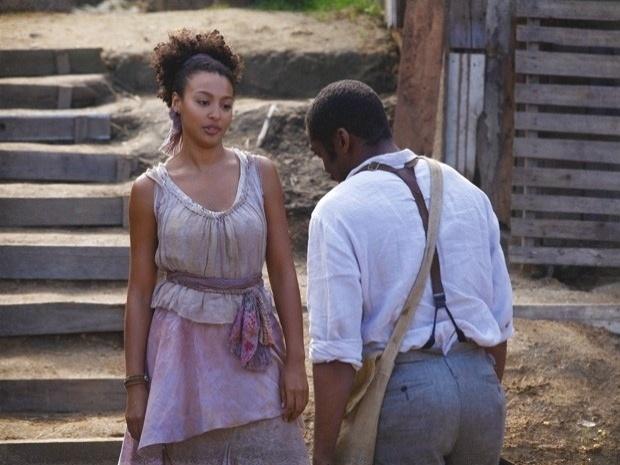 """Em """"Lado a Lado"""", Berenice conta para Zé Maria que Isabel está grávida (28/9/12)"""