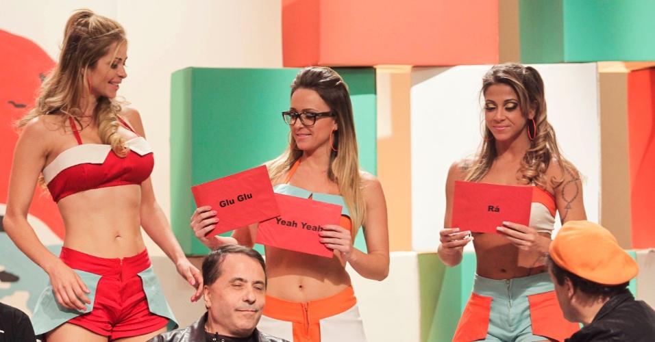"""Luna Alves, Sabrina Soares e Caroline Sica, as Mallandrinhas, durante as gravações de """"Papo de Mallandro"""""""