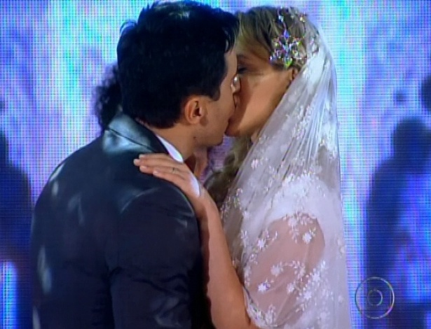 Rosário e Inácio se casam no último capítulo de
