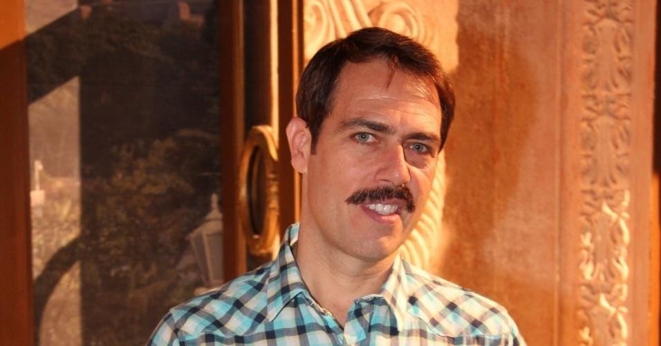 """Anderson Müller está no elenco da novela da TV Globo """"Salve Jorge"""", no Projac, Rio de Janeiro (2/10/2012)"""
