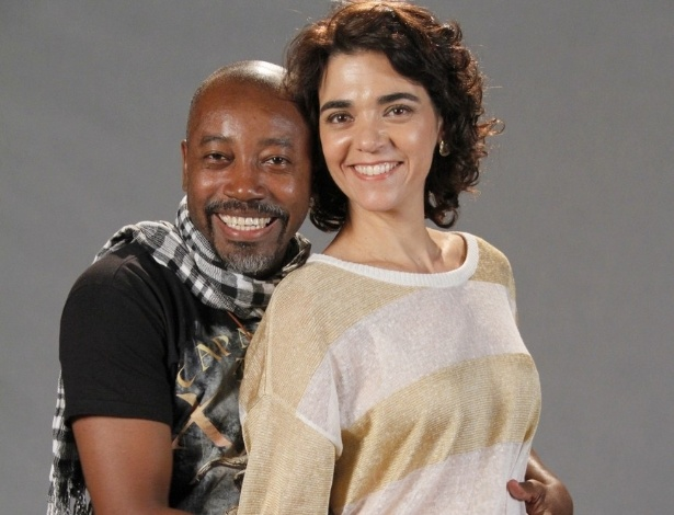 Nando Cunha e Solange Badin est&#227;o no elenco da novela da TV Globo &#34;Salve Jorge&#34;, no Projac, Rio de Janeiro (2/10/2012)