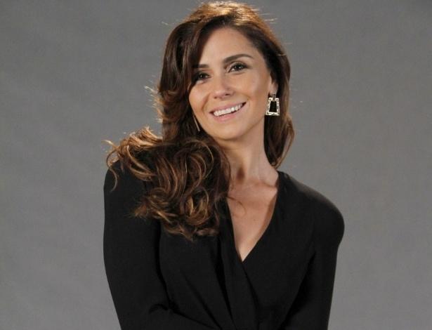 """Giovanna Antonelli está no elenco da novela da TV Globo """"Salve Jorge"""", no Projac, Rio de Janeiro (2/10/2012)"""